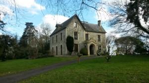 Chateau du parc de la Monniais (Cesson-Sévigné). Au Poil Dans Mes Pattes!